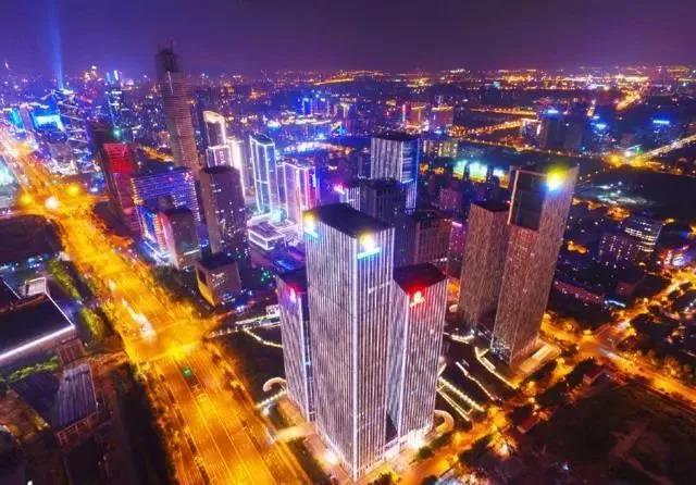 央行再降准定向释放5500亿,北上广深房价已开始疯狂反弹!