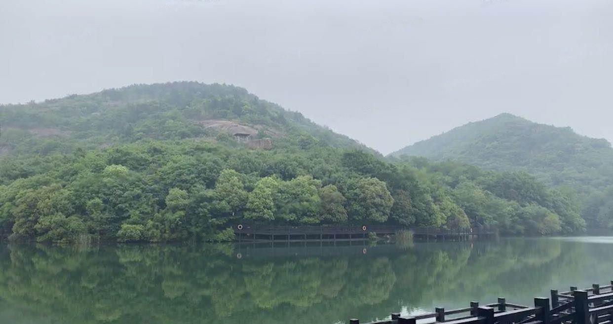 龙湖中锐景粼天著花园