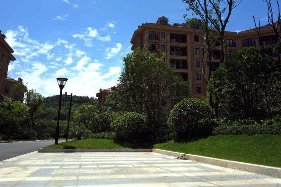 星叶羊山湖花园